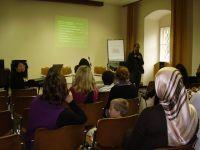 007a_Publikum_beim_Vortrag